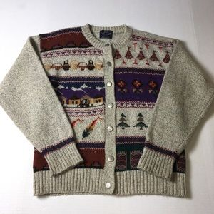 Vintage Woolrich Women's Knitted Cardigan